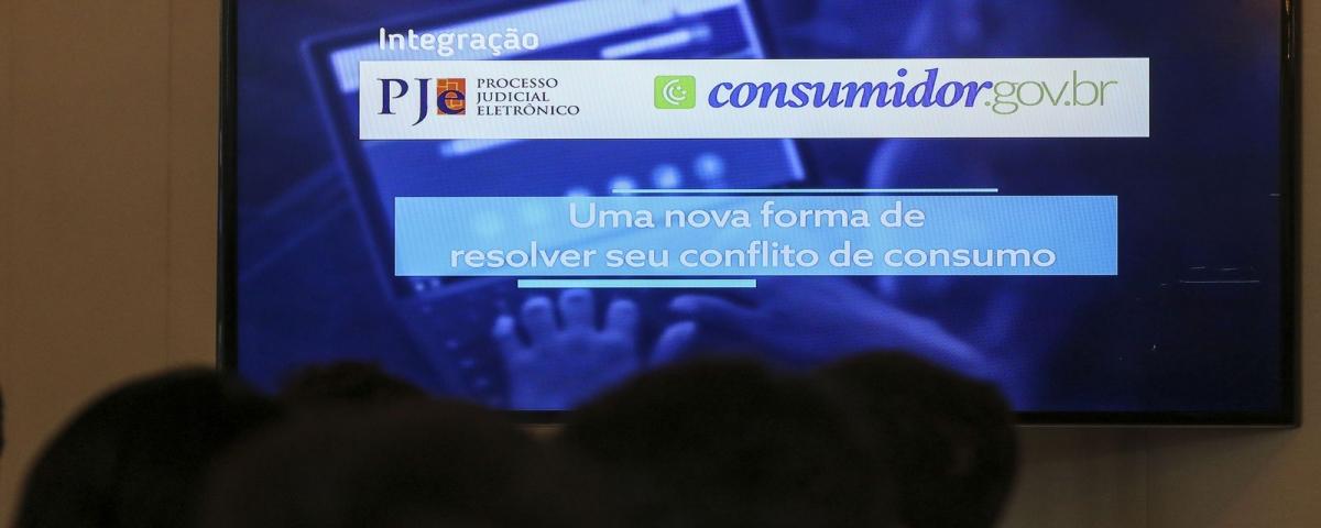 Governo cria site para ajudar consumidor com problemas em suas compras